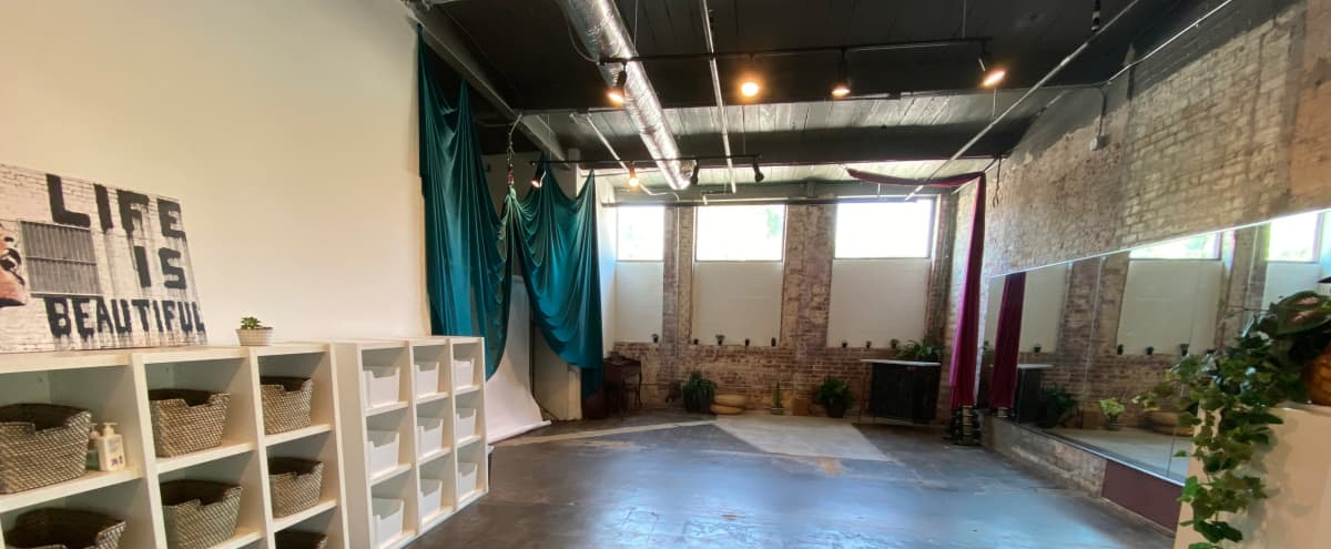 Dance Studio and Creative Space Mirrored, Bar, Brick Walls and Parking in Atlanta Hero Image in Reynoldstown, Atlanta, GA