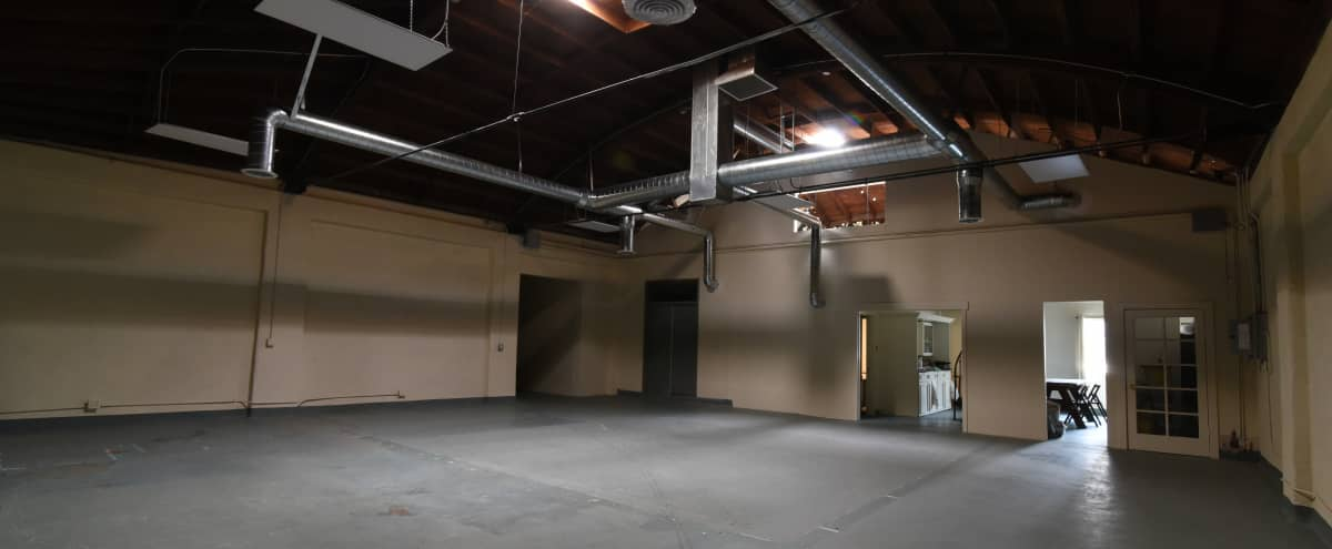 Large Downtown Open-layout Studio in Los Angeles Hero Image in Lincoln Heights, Los Angeles, CA