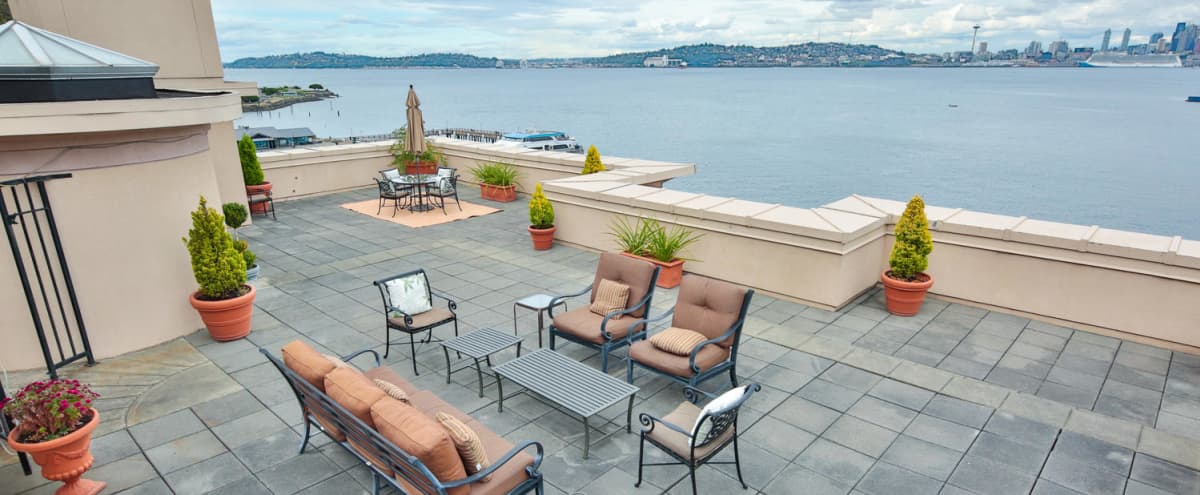 Spectacular Waterfront Penthouse Suite with a Large Rooftop on Alki Beach in Seattle Hero Image in West Seattle, Seattle, WA