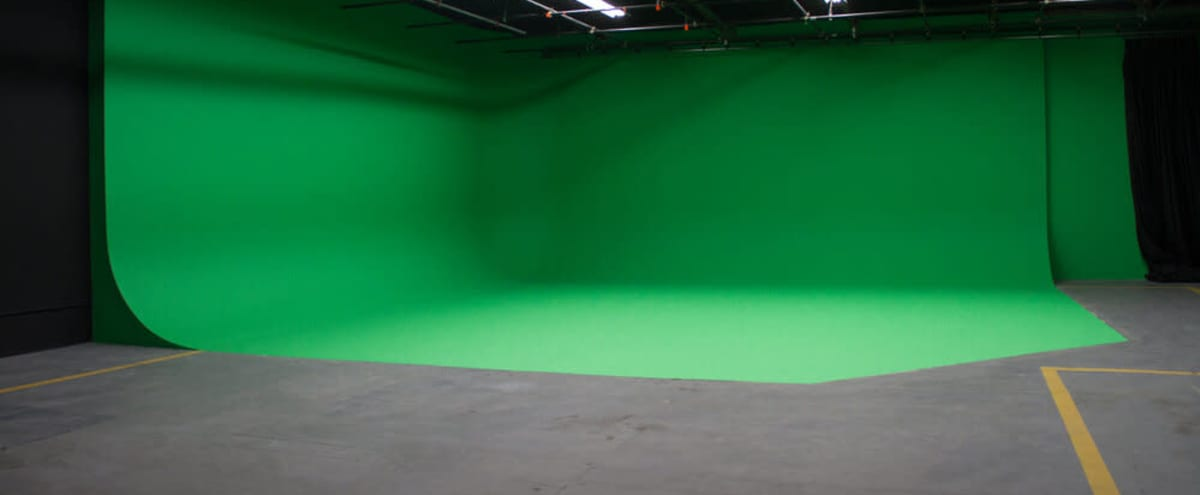 """Studio """"B"""" - 2 Wall Green CYC 3100 sq. ft. with Standing Film Permit. You don't have to get a Film Permit to film here. in Los Angeles Hero Image in Northeast Los Angeles, Los Angeles, CA"""