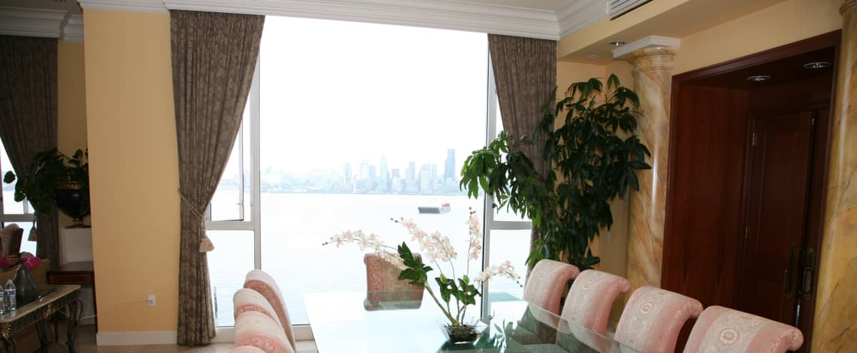 Gorgeous Waterfront Penthouse with Large Rooftop on Alki Beach in Seattle Hero Image in West Seattle, Seattle, WA