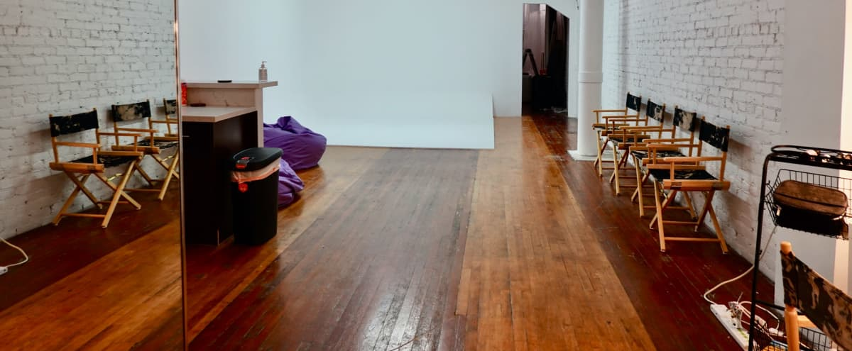 Downtown Historic Loft Studio with High Ceilings in Los Angeles Hero Image in Central LA, Los Angeles, CA
