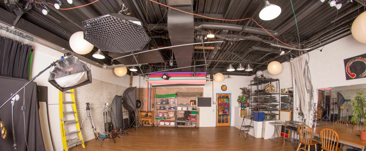 Affordable Junction Studio Perfect for Photo and Video Productions in Toronto Hero Image in Junction Triangle, Toronto, ON