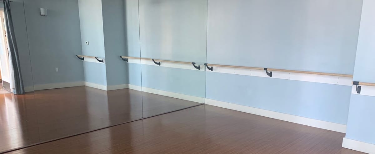Intimate Studio Spacee with Bamboo Flooring in Phoenix Hero Image in Chauncey Ranch, Phoenix, AZ