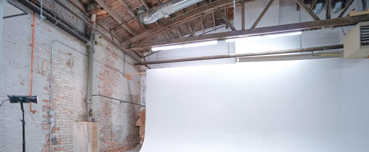 Photography/Videography Studio in Chicago Hero Image in undefined, Chicago, IL