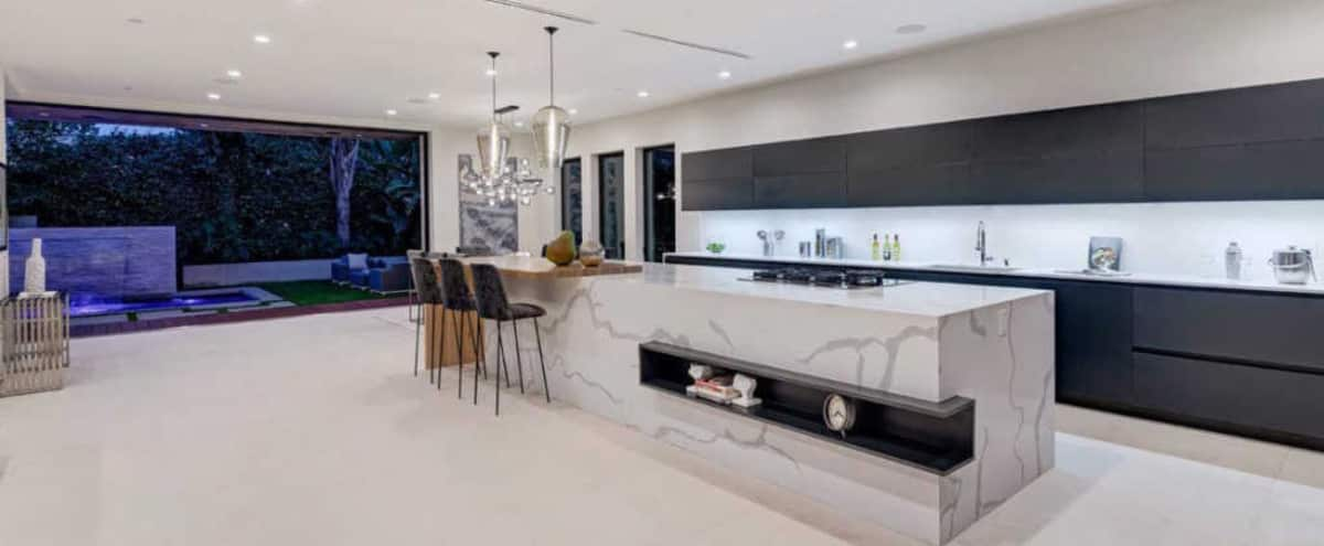 MODERN LUXURIOUS SPACIOUS HOUSE IN PRIME WEHO in LOS ANGELES Hero Image in Beverly Grove, LOS ANGELES, CA