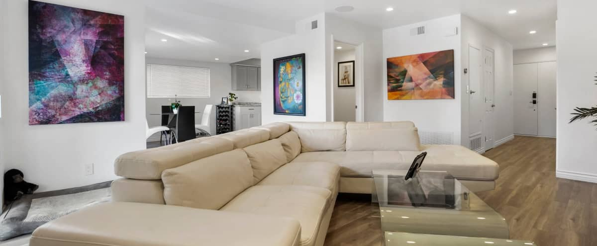 Modern Hillside Home With A Colorful Flair in Thousand Oaks Hero Image in undefined, Thousand Oaks, CA