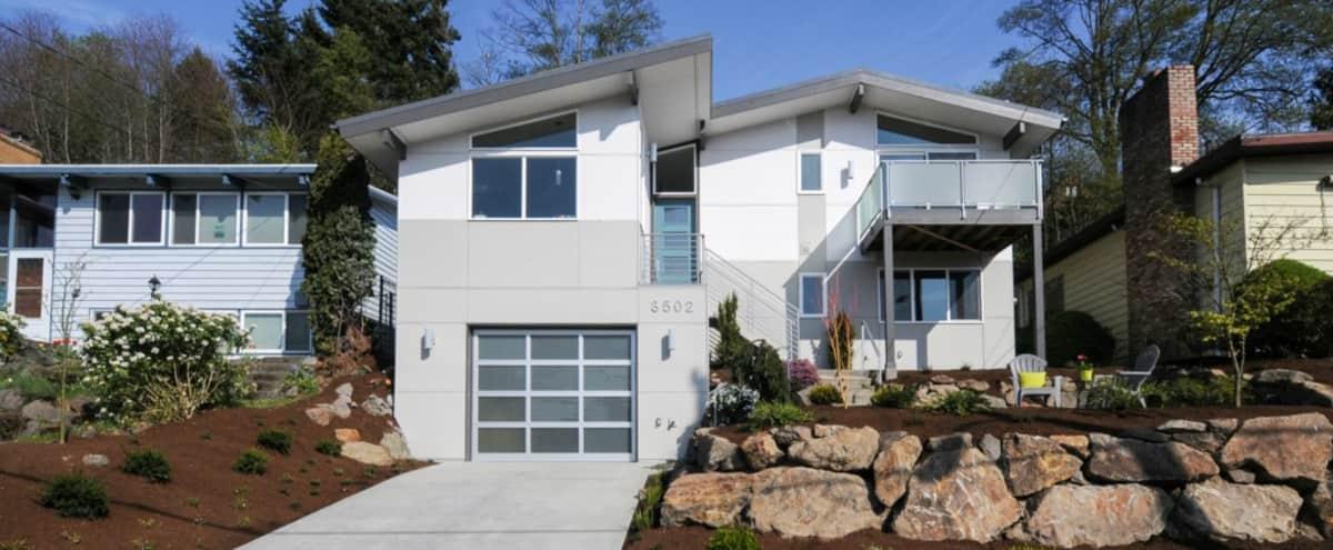 Mid-Century Modern Residence in Seattle (Magnolia neighborhood) in Seattle Hero Image in Magnolia, Seattle, WA