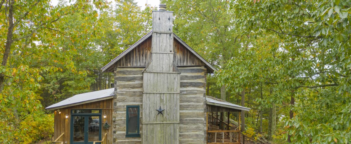 Historic Family Cabin with 270 degree views of Kentucky Lake in Waverly Hero Image in undefined, Waverly, TN