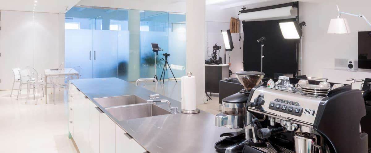 Modern Luxury Photo / Video Studio Loft in Chelsea in new york Hero Image in Chelsea, new york, NY