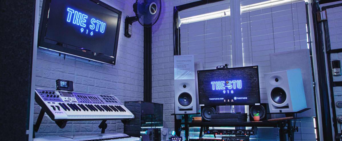 Filming in Studio D @ TheStu916 Audio/Music Studios in Sacramento Hero Image in undefined, Sacramento, CA