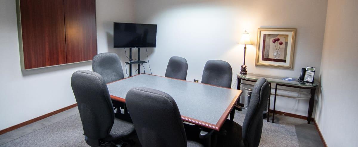 Simplistic Meeting Space w/ TV in Bloomfield, MI in Bloomfield Twp Hero Image in undefined, Bloomfield Twp, MI