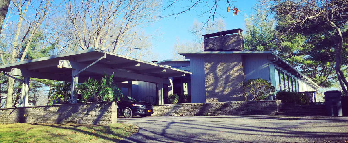 Mid-Century Modern Designer Home with Hudson Valley Views in Newburgh Hero Image in undefined, Newburgh, NY