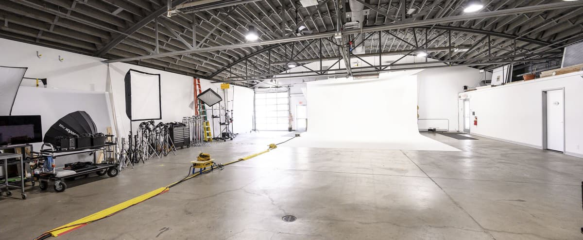 Fully Equipped Production Studio - South Minneapolis in Minneapolis Hero Image in Bancroft, Minneapolis, MN