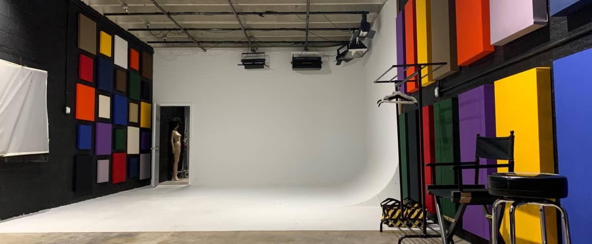 Wuul Studios (Studio C) with Cyclorama Wall for Photo & Video in Miami Hero Image in Little River, Miami, FL