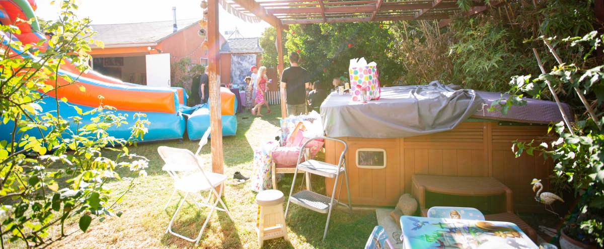 Mid Wilshire Studio with Beautiful Garden and Patio in Los Angeles Hero Image in Central LA, Los Angeles, CA