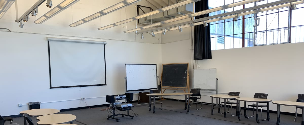 Large + Flexible Meeting Space with Natural Light (Rm 18) in San Francisco Hero Image in Russian Hill, San Francisco, CA