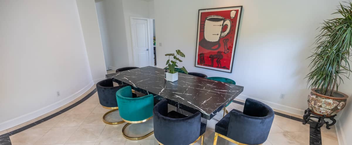 Woodland Hills very own Glasshouse with modern vibes in Woodland Hills Hero Image in Woodland Hills, Woodland Hills, CA