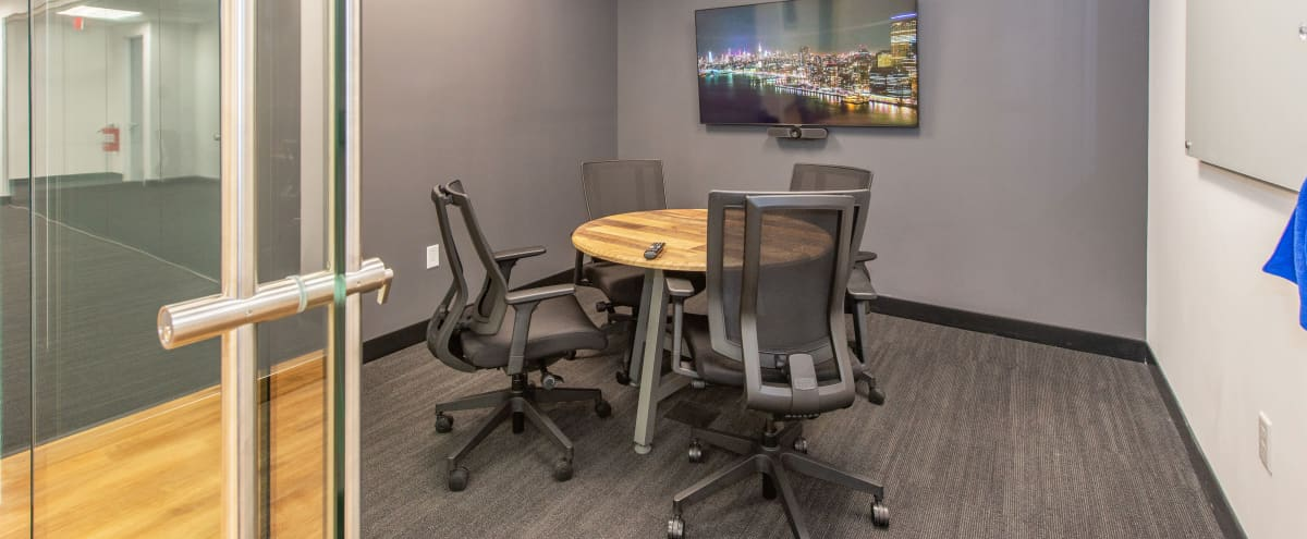 4-Person Meeting Room in PARSIPPANY Hero Image in undefined, PARSIPPANY, NJ
