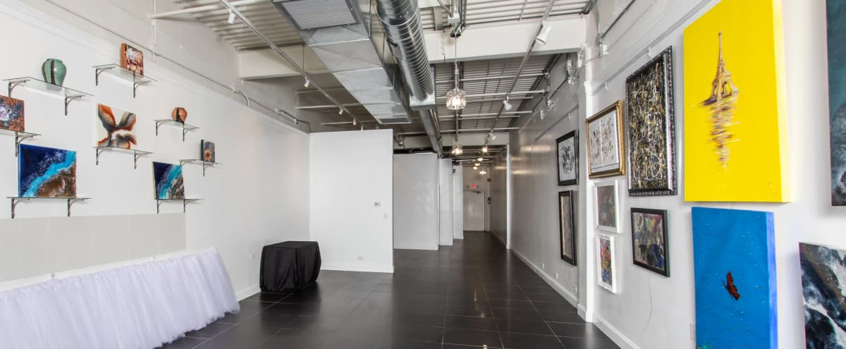 Upscale Suburb Hall with Chic Art Gallery View in Oakbrook Terrace Hero Image in undefined, Oakbrook Terrace, IL