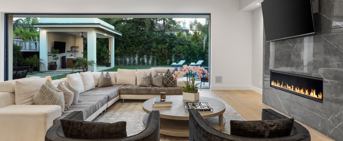 Modern new home in Encino Hero Image in Encino, Encino, CA