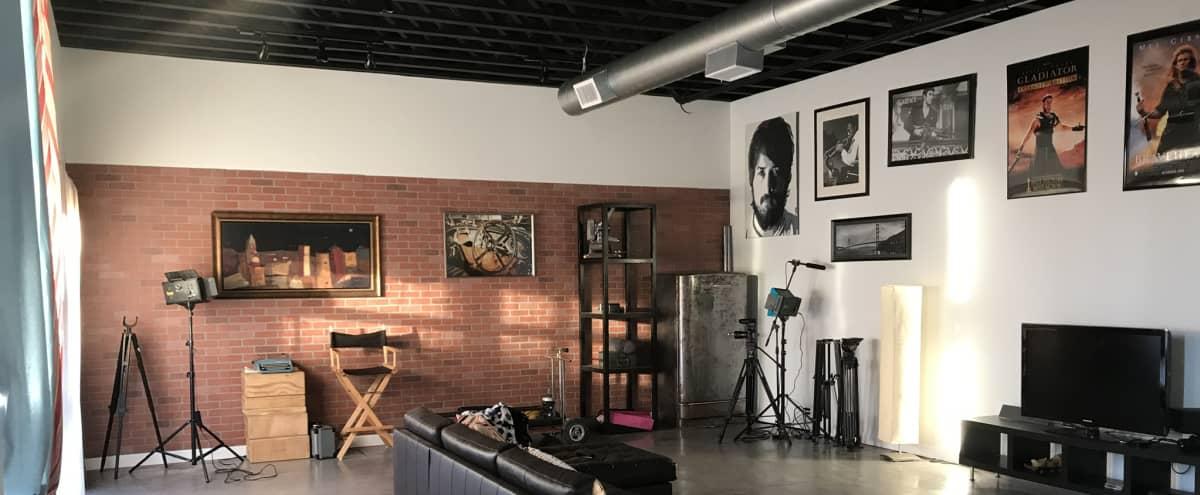 Modern & Spacious Studio - Near Downtown in Houston Hero Image in Pecan Park, Houston, TX
