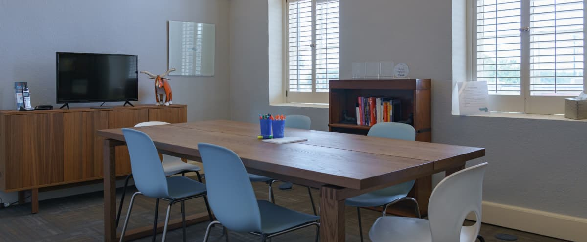 Round Rock Conference Room for 4-6 People in ROUND ROCK Hero Image in Round Rock Original Plat, ROUND ROCK, TX