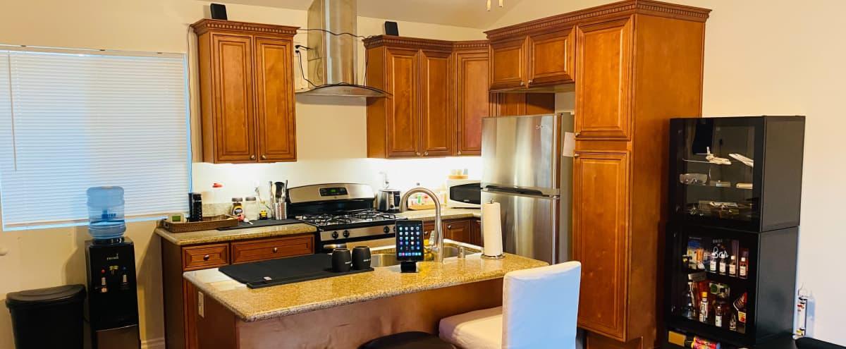 Perfect Cali House in Woodland Hills Hero Image in Woodland Hills, Woodland Hills, CA