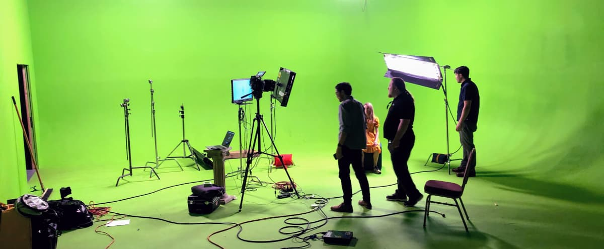 Huge 360 Green Screen w/ lighting in San Jose Hero Image in Central San Jose, San Jose, CA