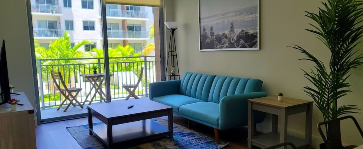 Downtown Cozy Modern One Bedroom with Pool View with access to the Rooftop in West palm beach Hero Image in undefined, West palm beach, FL