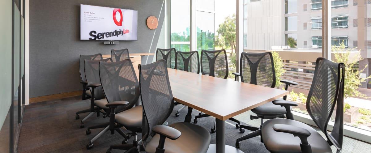 Modern 7 Person Meeting Room in Phoenix Hero Image in Camelback East Village, Phoenix, AZ