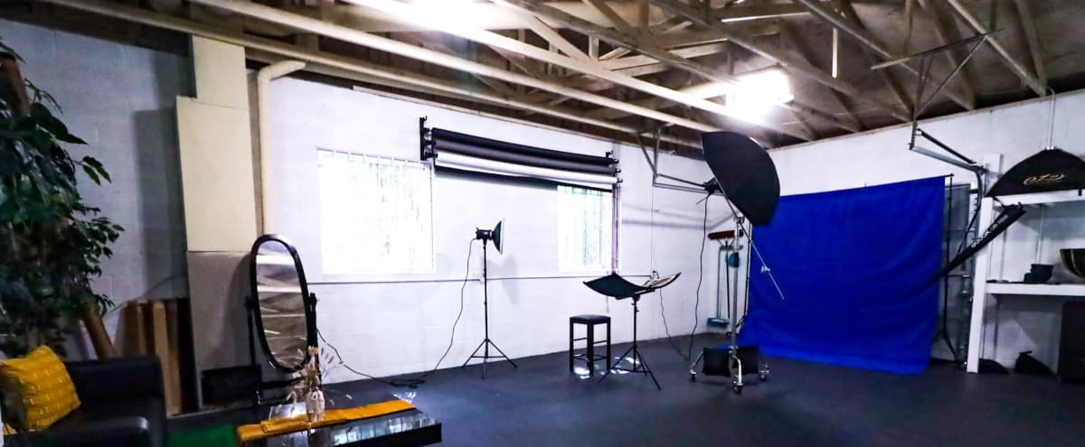 Large Photo and Video Studio with Parking, Seamless Paper, Lighting and Creative Set Designs in Fayetteville Hero Image in undefined, Fayetteville, GA