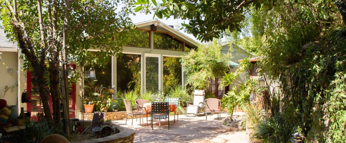 Beautiful, Homey Ranch House w/ Vaulted Ceiling in Sherman Oaks Hero Image in Sherman Oaks, Sherman Oaks, CA