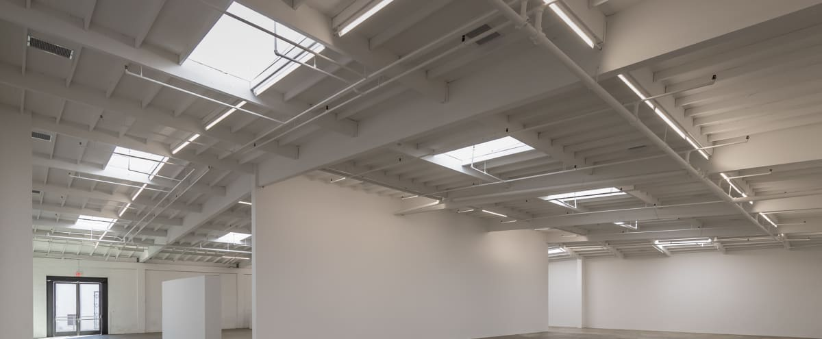 Large Art Gallery in Finished Industrial Warehouse in Los Angeles Hero Image in Central LA, Los Angeles, CA