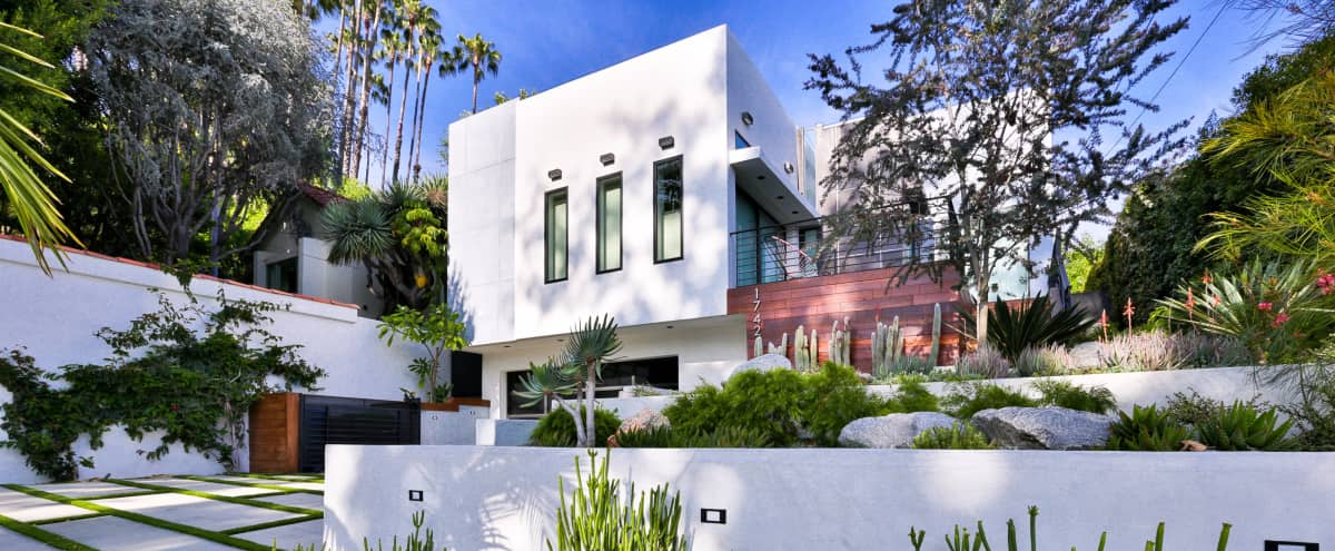 Architectural villa in Hollywood, close to Sunset Blvd and Laurel Canyon in West Hollywood Hero Image in West Hollywood, West Hollywood, CA