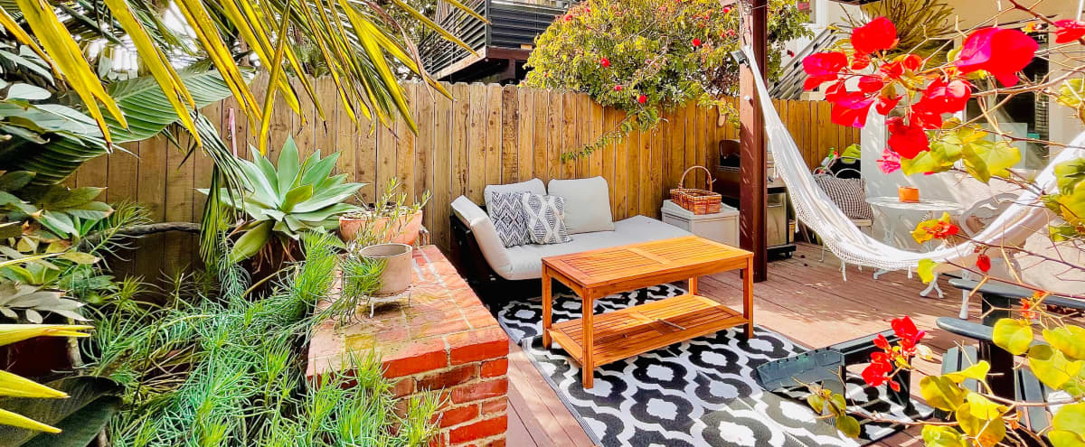 Steps to Beach Outdoor Patio with Hawaiin Jungle Vibes - Outdoor Studio Backdrop Available in playa del rey Hero Image in Playa Del Rey, playa del rey, CA