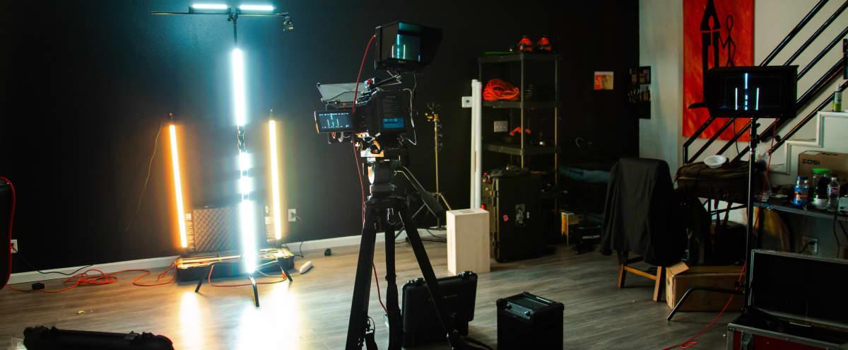 Large Production Studio Located Near Deep Ellum with Private Lot in Dallas Hero Image in Old East Dallas, Dallas, TX