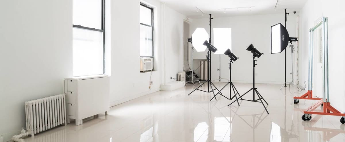 Fully equipped Midtown photo studio in New York Hero Image in Midtown, New York, NY
