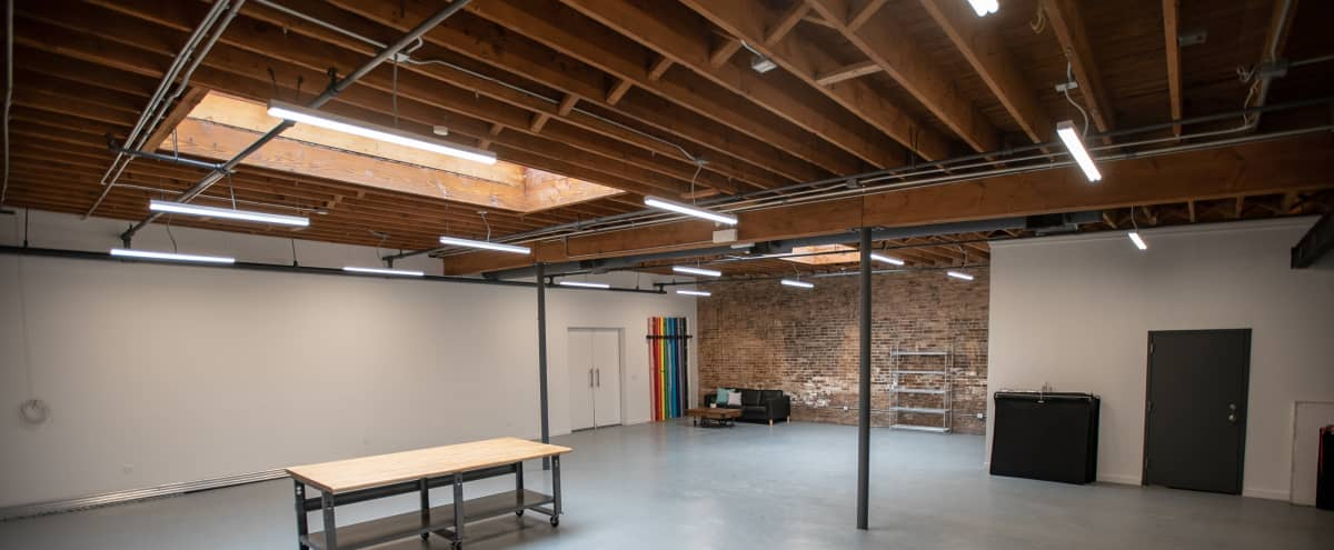 Large 1st Floor Natural Daylight Studio - Easy Garage Load In - Heart of West Town in Chicago Hero Image in West Town, Chicago, IL