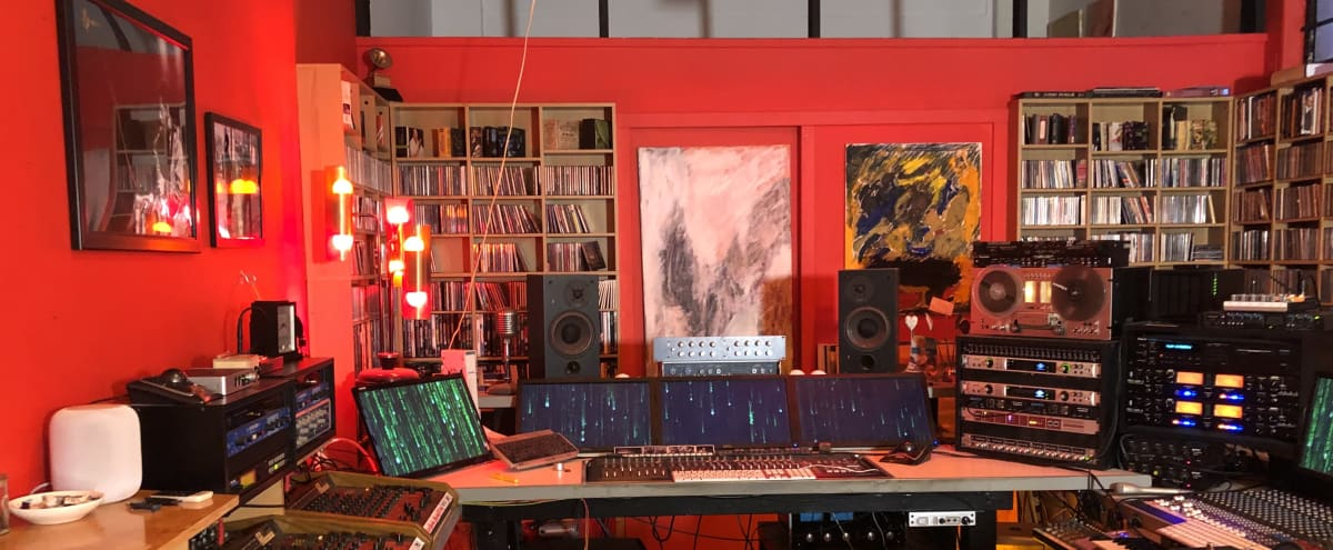 Recording Studio in Los Angeles Hero Image in Downtown, Los Angeles, CA