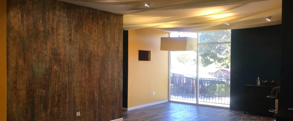Modern lounge studio in Inglewood Hero Image in undefined, Inglewood, CA