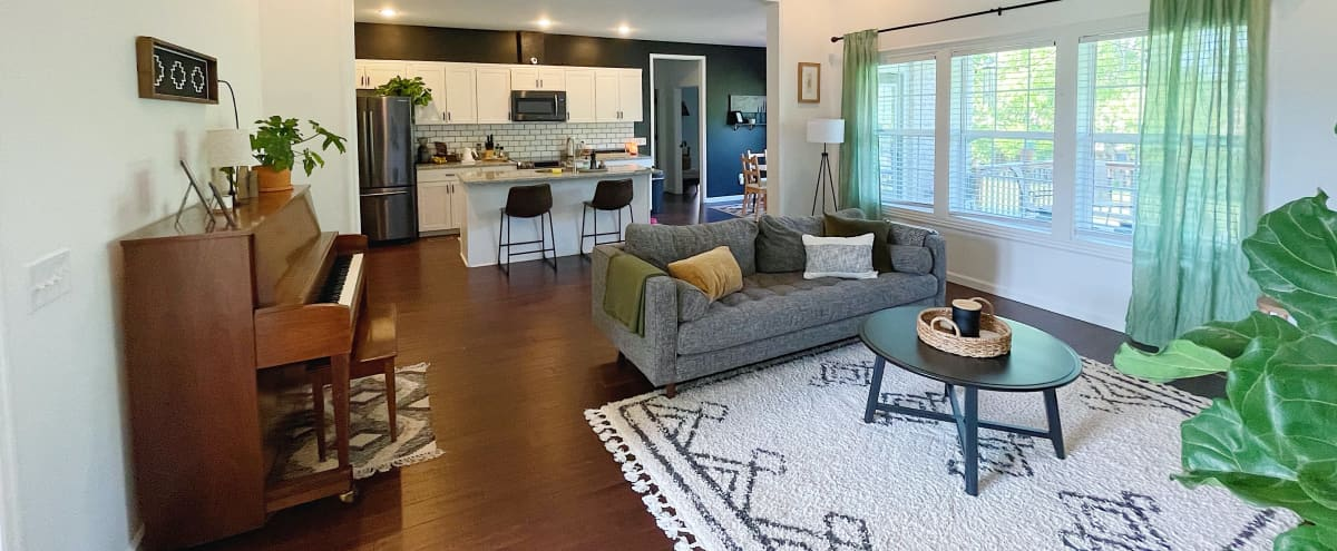 Small-town Farmhouse on Serene Acreage with Trendy Decor in Shelbyville Hero Image in undefined, Shelbyville, TN