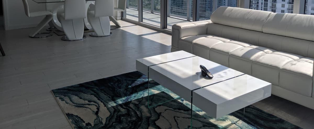 Impressive Views in High-Rise Condo with Floor-to-Ceiling Windows in Miami Hero Image in Downtown Miami, Miami, FL
