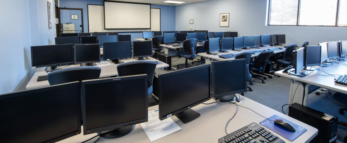 State of the Art Dual-Monitor Computer Lab and Training Room in Hunt Valley Hero Image in Hunt Valley, Hunt Valley, MD