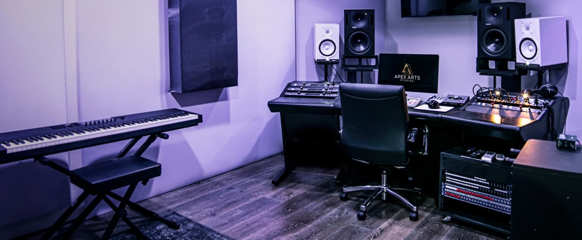 18 Pre Amp, Fully-Loaded Recording Studio in North Hollywood Hero Image in North Hollywood, North Hollywood, CA