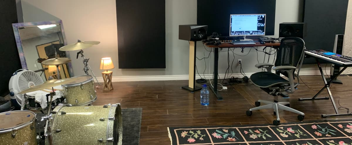 Music Recording Studio in Lowkey Suburb in Woodland Hills Hero Image in Woodland Hills, Woodland Hills, CA