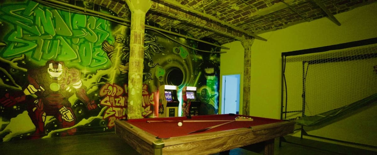 Endless Studios Creative Space for Music Videos + Photos in Brooklyn Hero Image in Dumbo, Brooklyn, NY