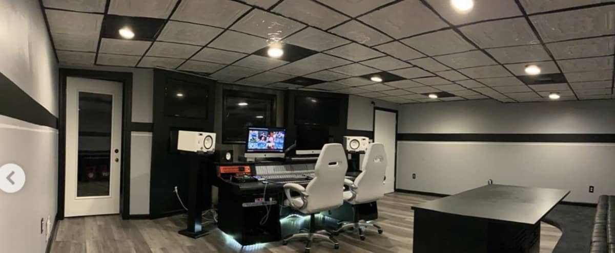 Professional Studio for Audio Recording and Productions in Temple Hills Hero Image in undefined, Temple Hills, MD