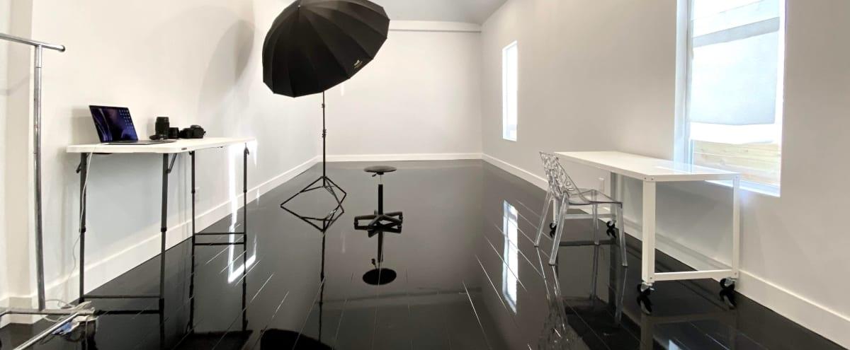 Downtown Luxury Studios - Equipment INCLUDED in Austin Hero Image in East Cesar Chavez, Austin, TX