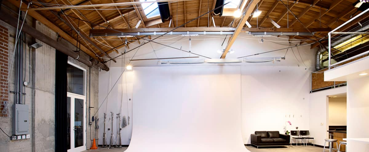 Beautiful Photo studio In the historic Helms Bakery building - Alley Studio in Los Angeles Hero Image in Culver City, Los Angeles, CA